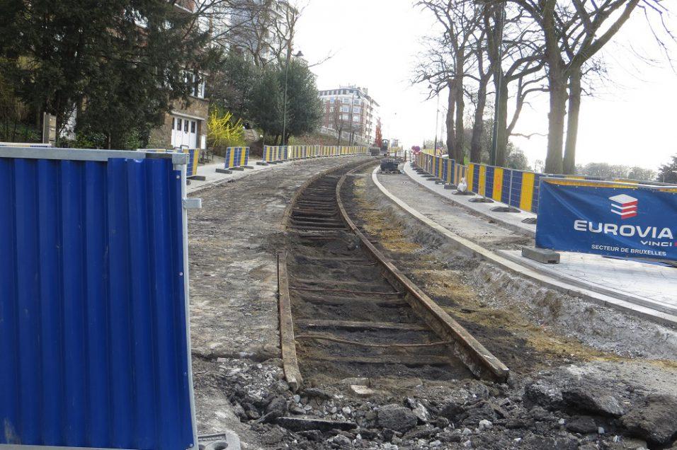 rails tram 48