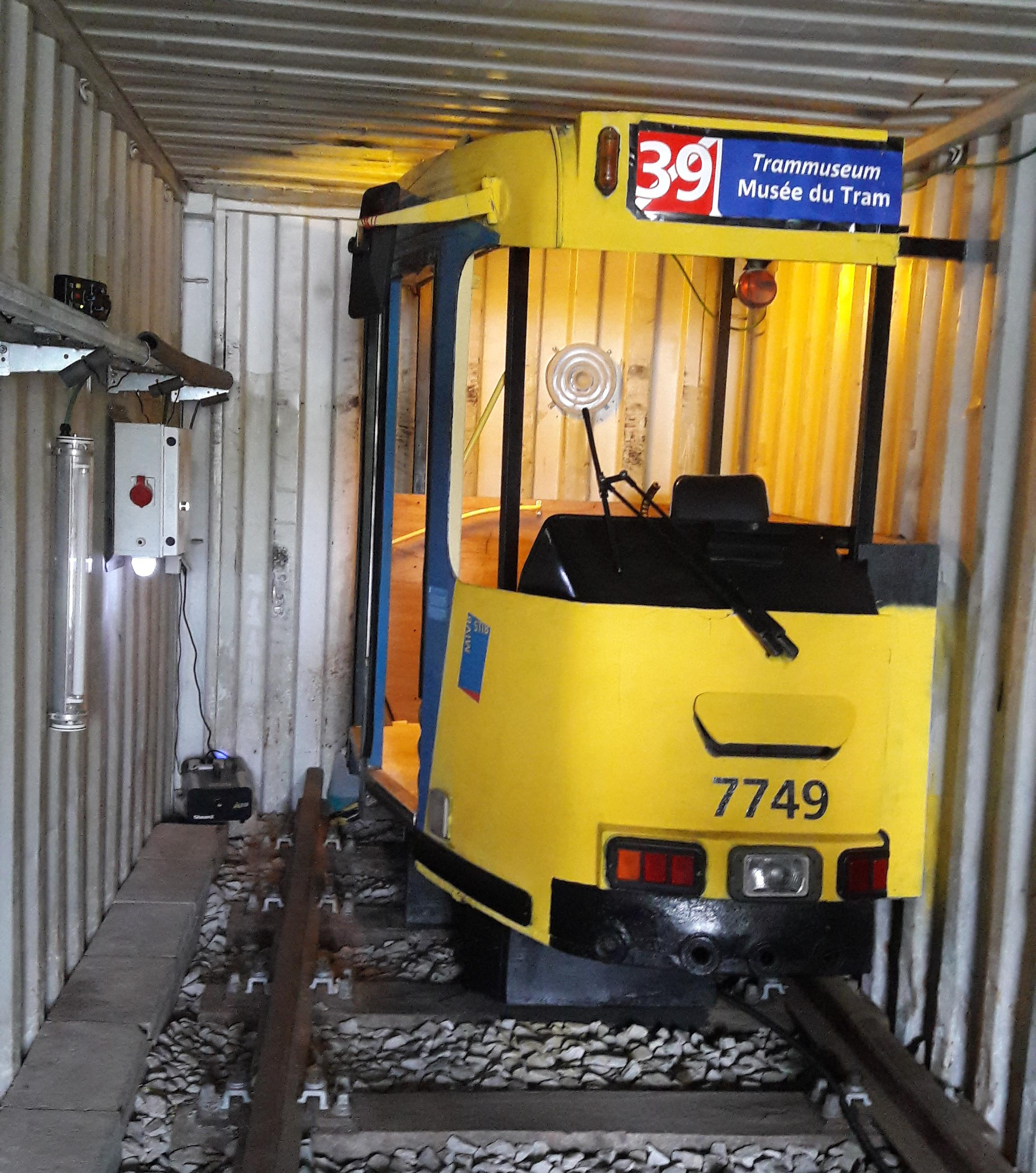 Wat doet een tram in een zeecontainer?