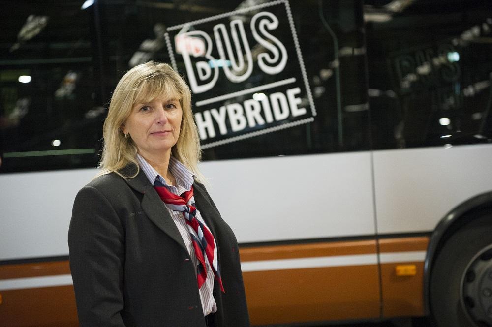5 redenen waarom buschauffeur ook voor vrouwen een fantastisch beroep is