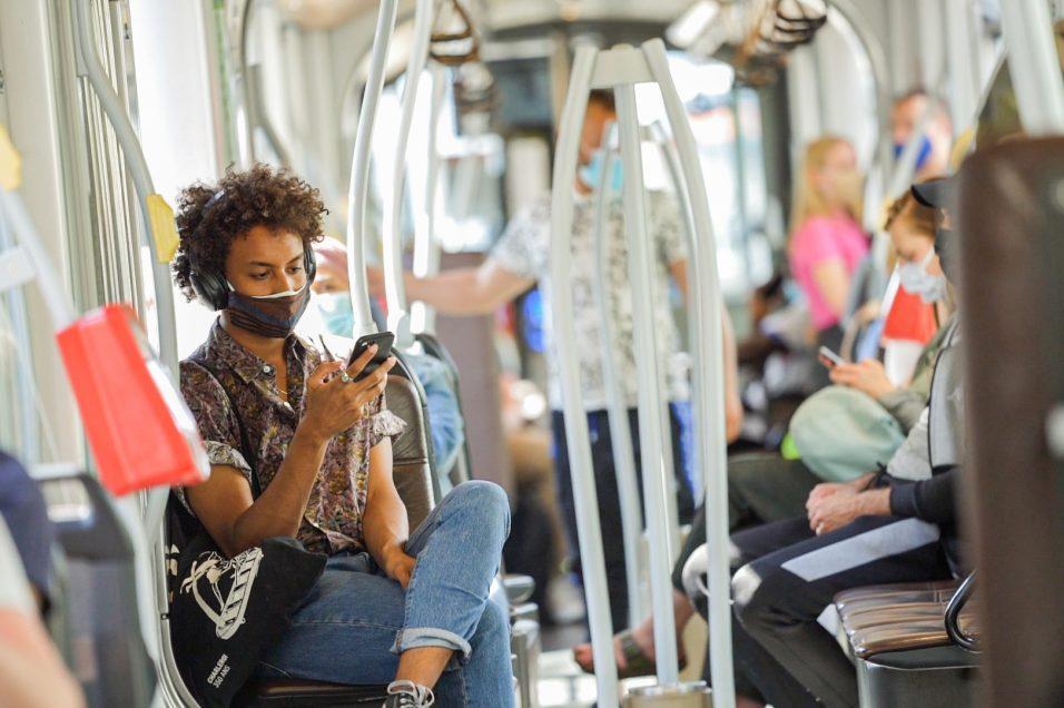 Hoe we onze bussen, trams en metro's verluchten.