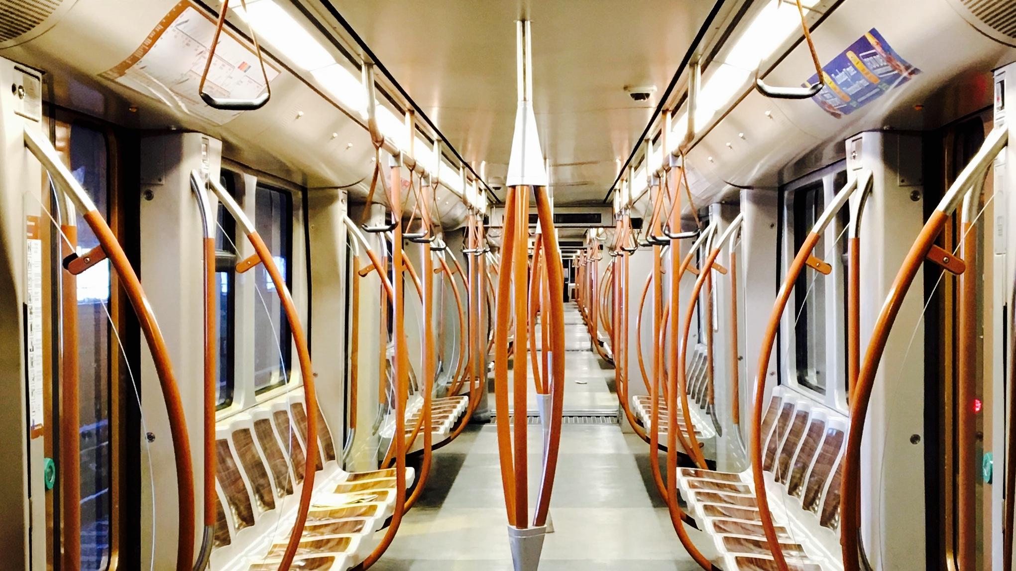 Energiebesparende en toch sterkere verlichting in onze metrostellen
