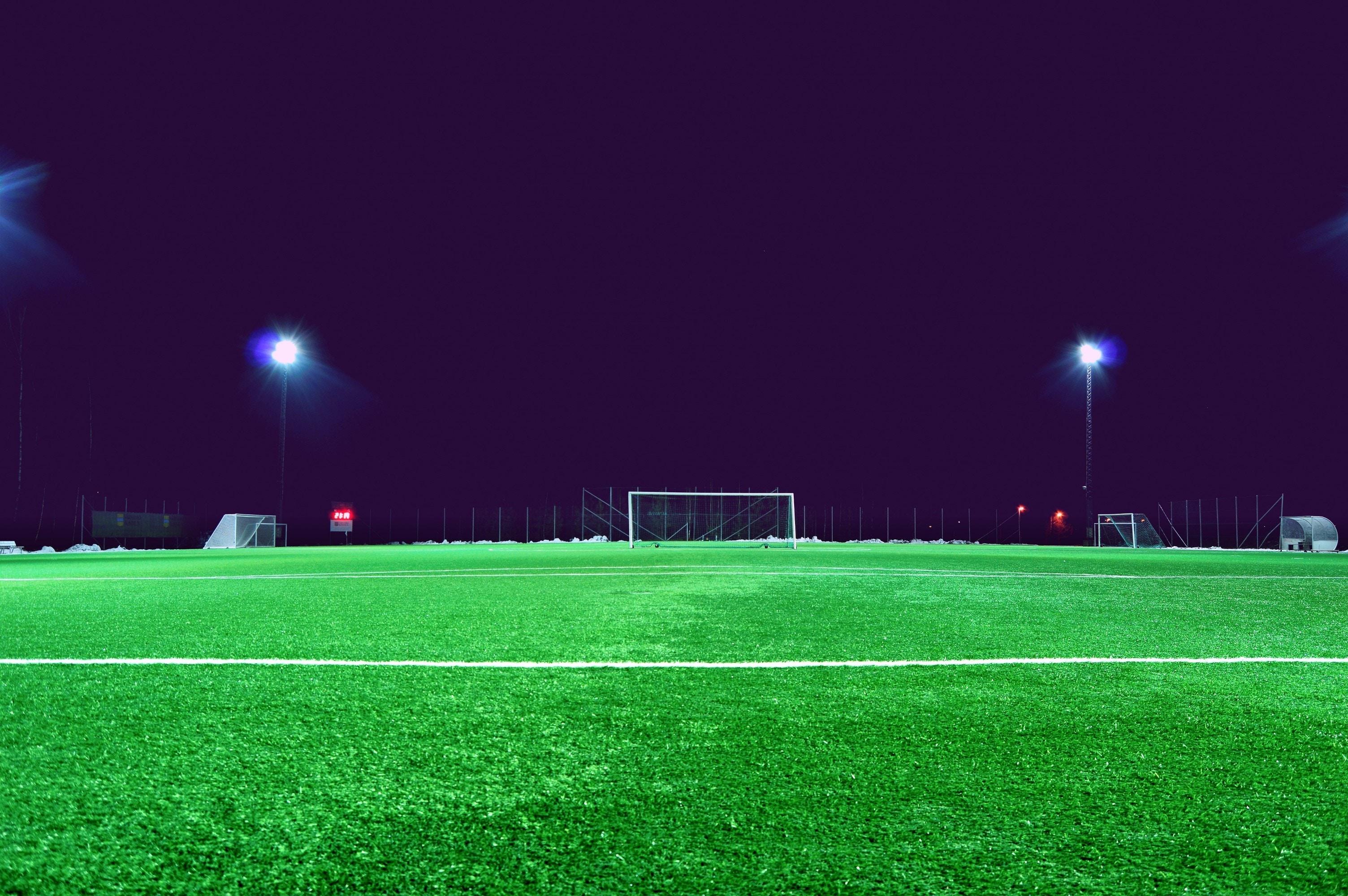 4 goede redenen om met de MIVB naar het voetbal te gaan kijken